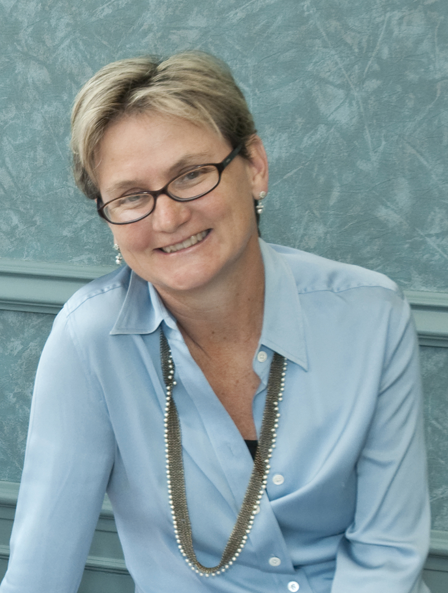 Dr. Annie Searls De Groot