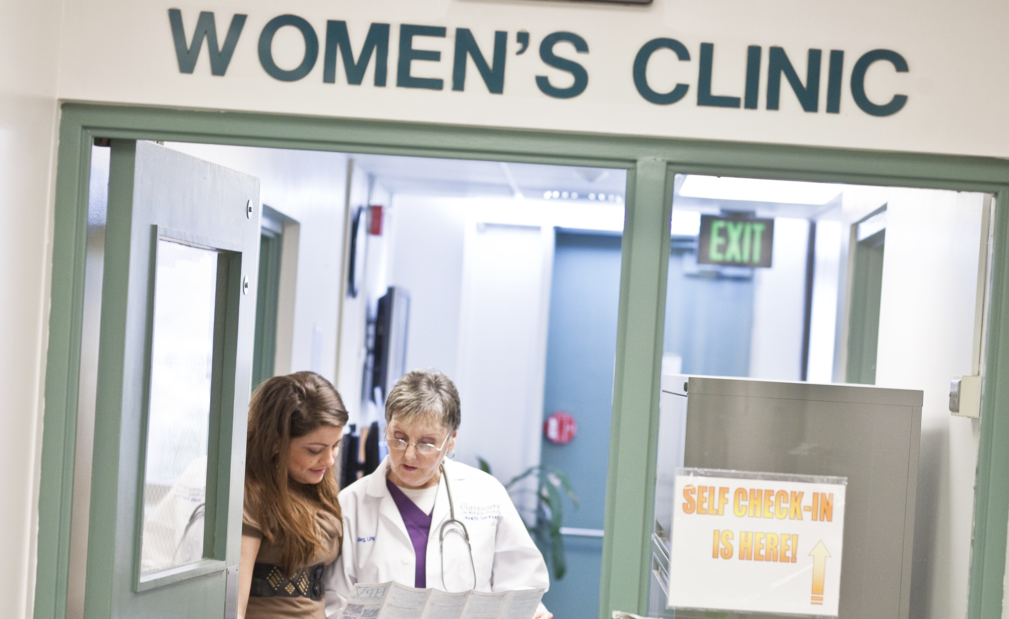 Student in the Women's Clinic