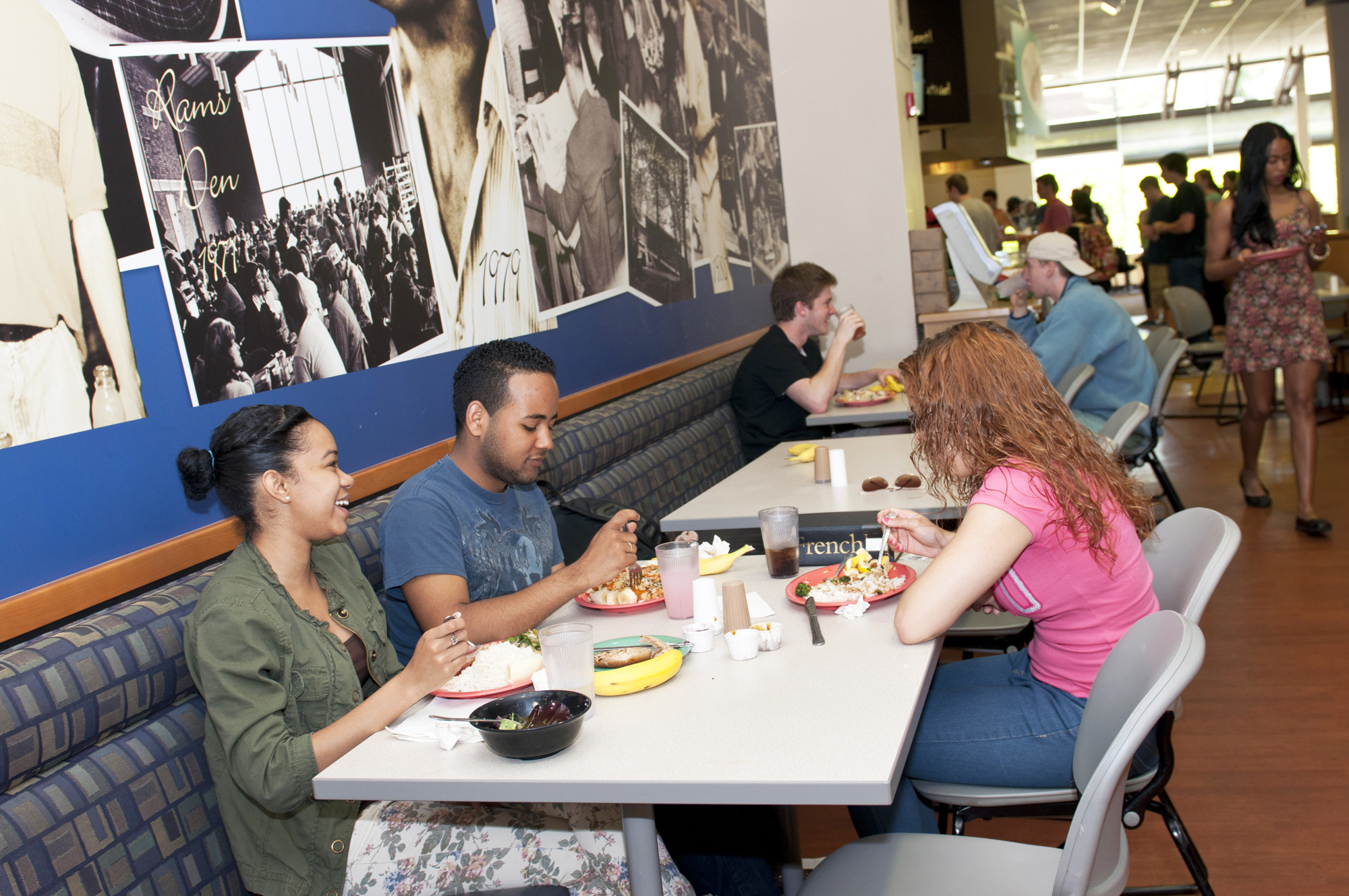 students eating together in Ram's Den