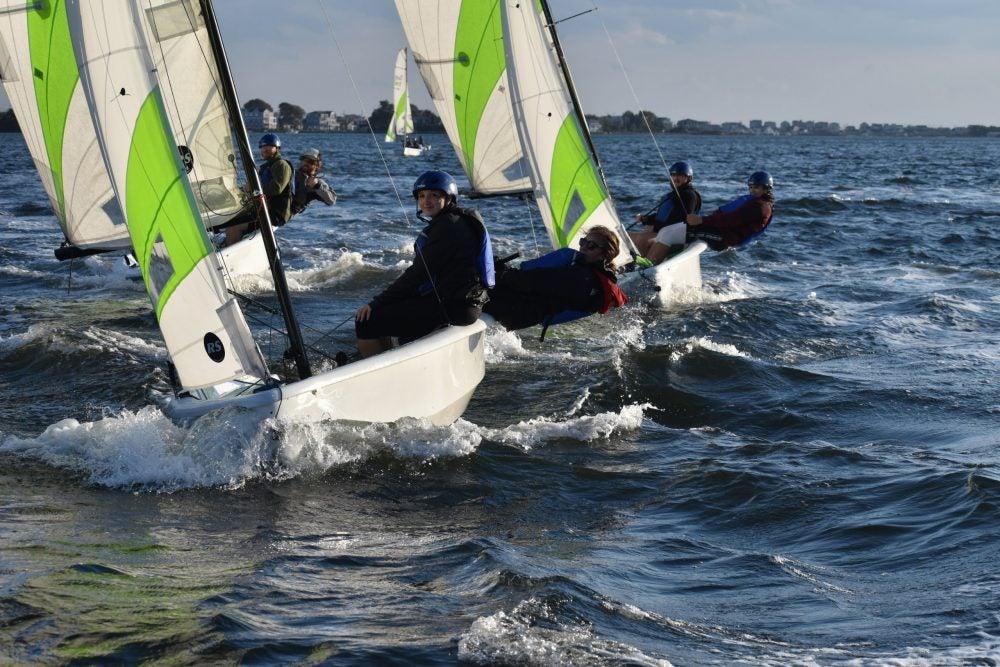 students sailing