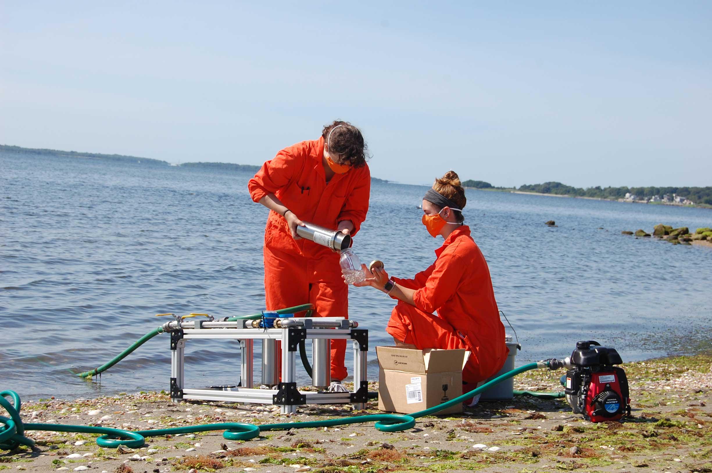 Coastal Fellows measure micro plastics in Narragansett Bay project