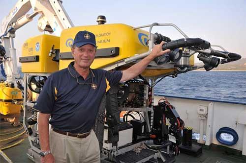 Bob Ballard aboard the E/V Natilus